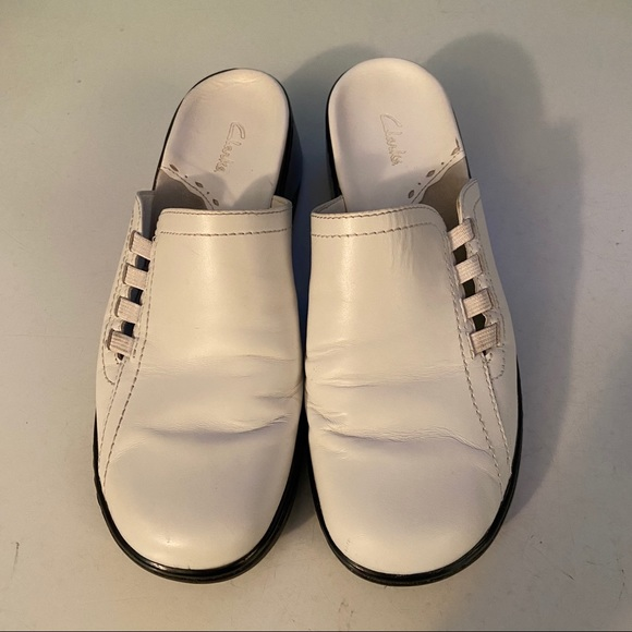 Clarks white leather mule